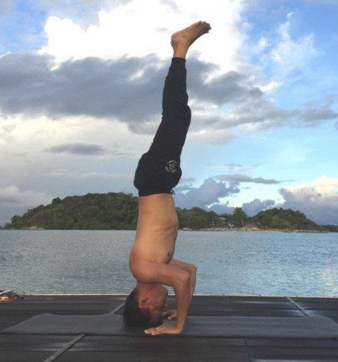 Rakesh Raushan Perform Yoga Bangalore