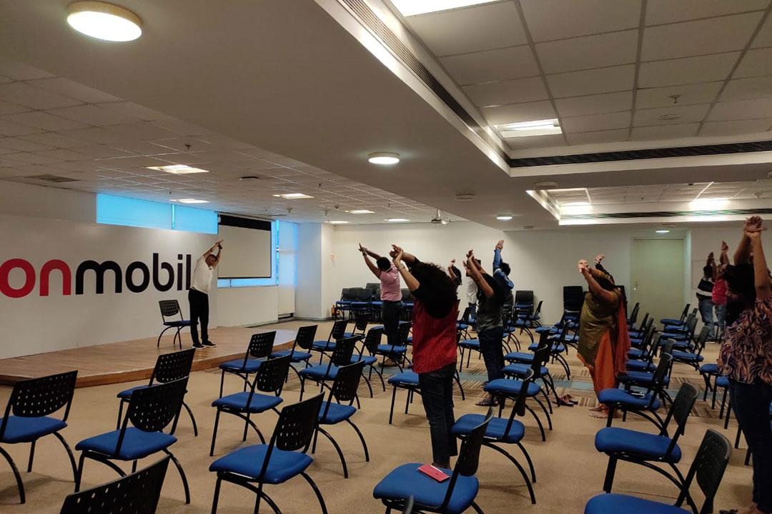 performyoga-bangalore-rakesh-corporate-Yoga4